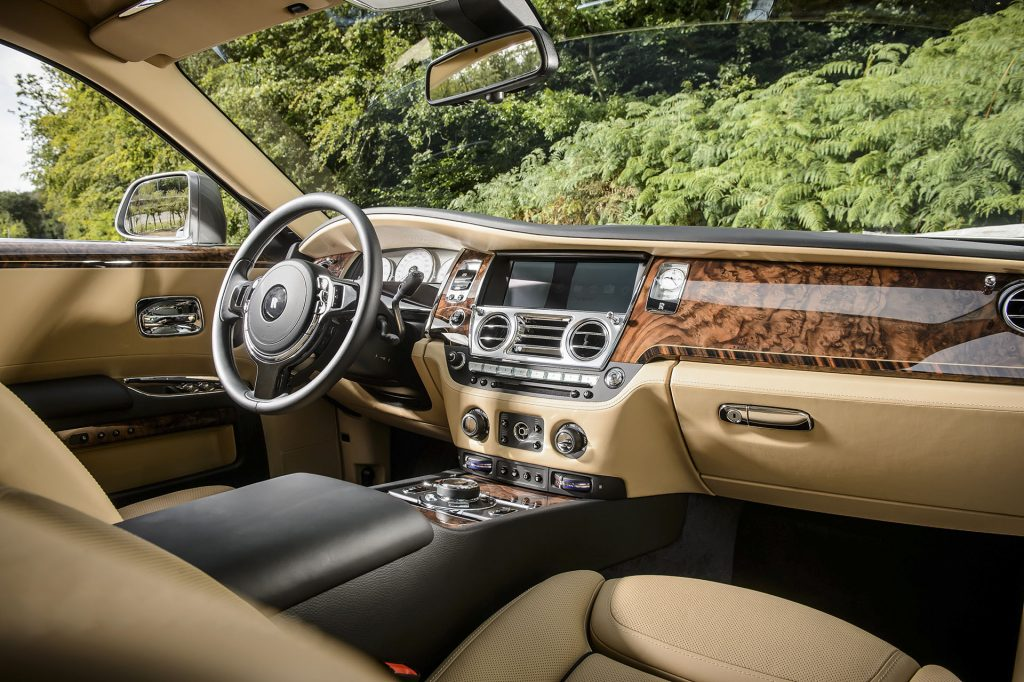 rolls-royce-walnut-crack